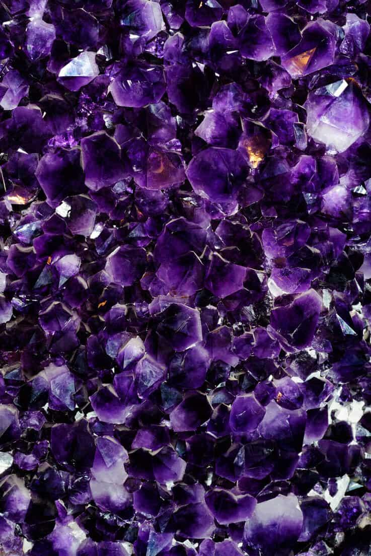 Purple amethyst crystals - positive mindset - Meditation Hypnosis
