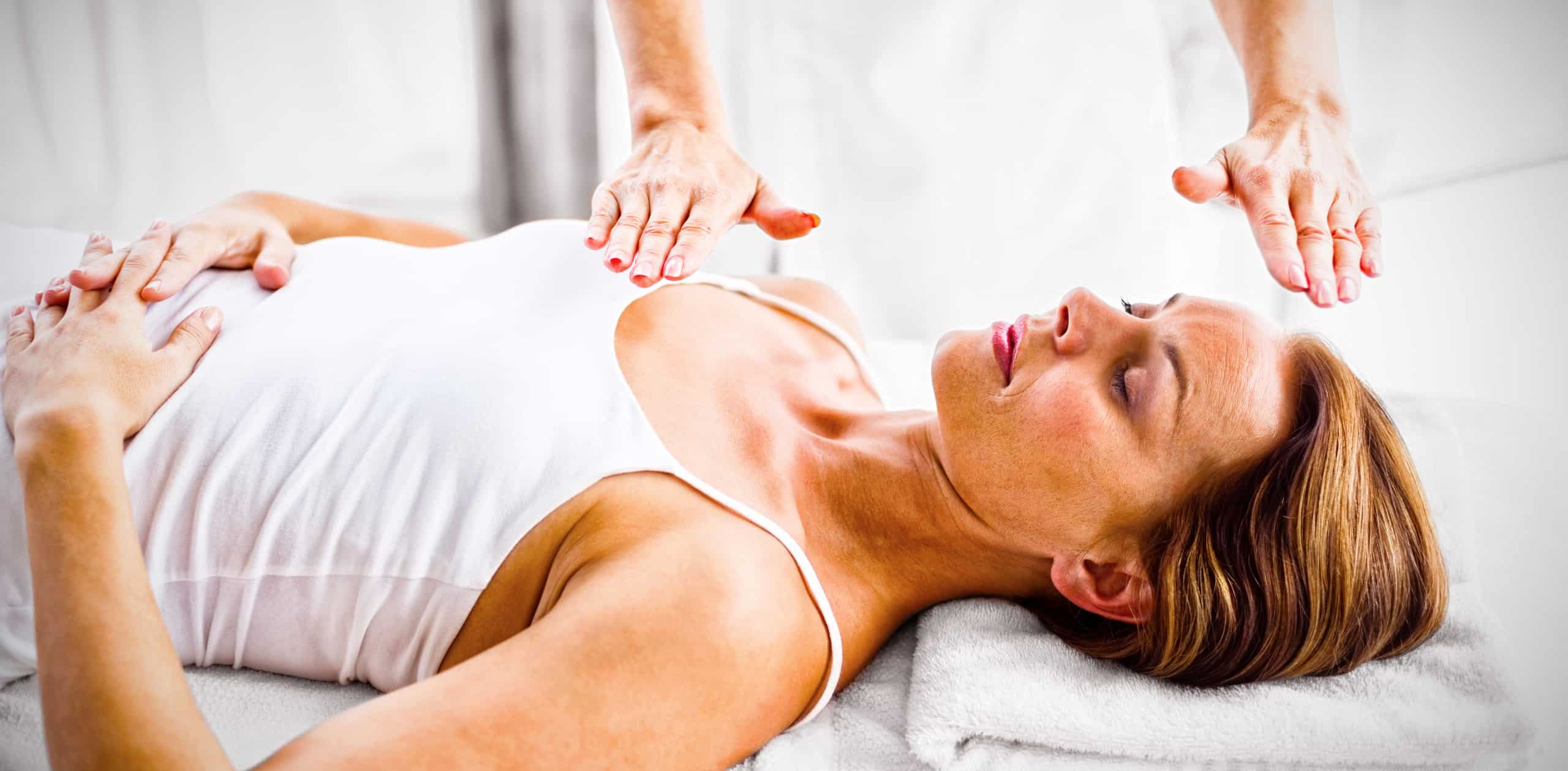 reiki treatment at spa - positive mindset - Meditation Hypnosis