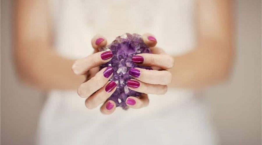 crystal and stone - positive mindset - Meditation Hypnosis